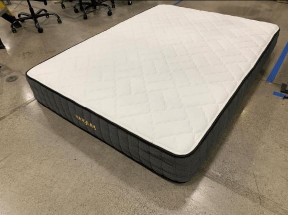 Titan Mattress Review 2020 Should You Buy It Sleepauthorities
